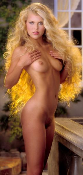 Плейбой 1983 Miss May Susie Scott